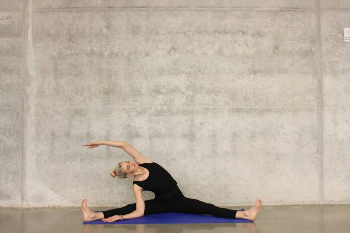 Relaxing Stretches to Relieve Menstrual Cramps