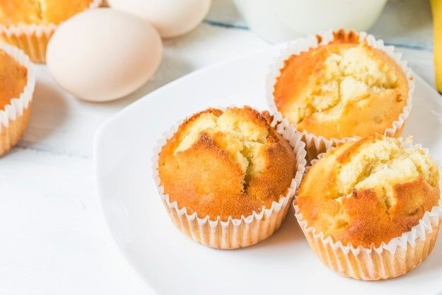 banana muffin, healthy snacks for weightloss